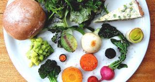 地元の野菜.jpg